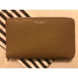 Henri Bendel West 57th XL Zip Continental Wallet